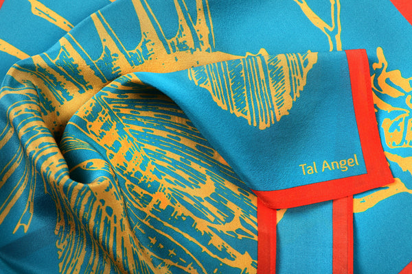 The-Yellow-Fish-Handkerchief-silk-square-blue-orange-45x45-closeup-view