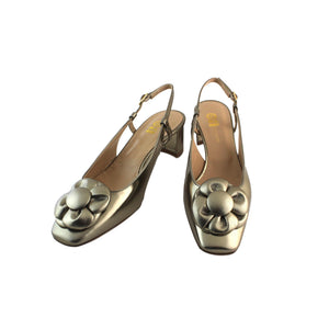 Gold nappa leather slingback shoe with flower and low heel leather square toe. Formal or party shoe.