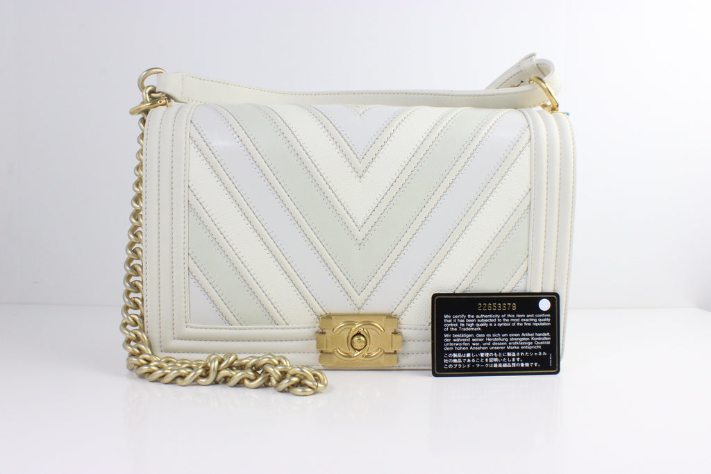CHANEL BOY BAG CHEVRON