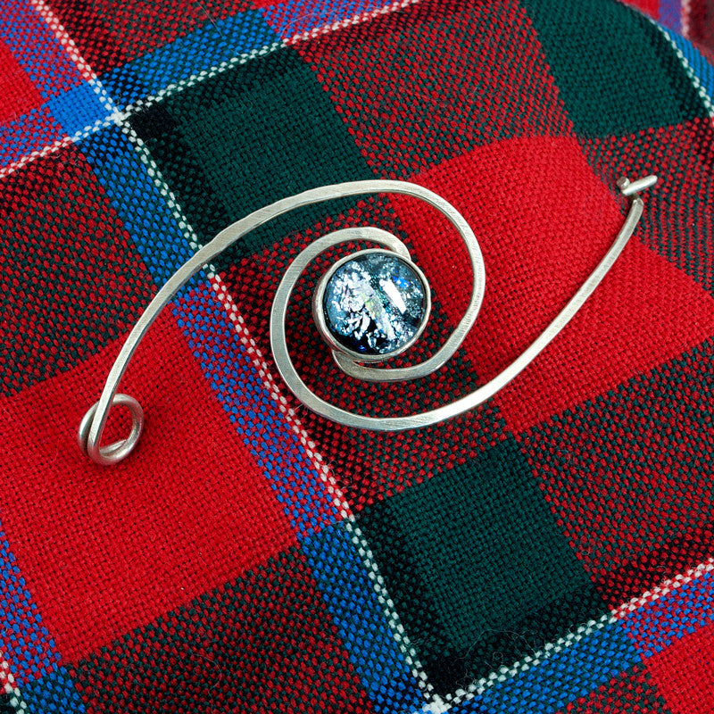 Celtic Spiral Bow Pin - Sinclair Jewelry - 1