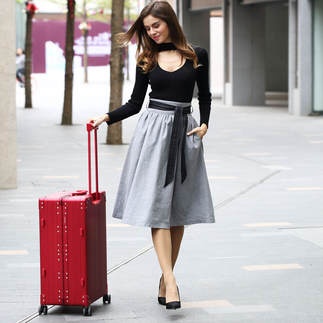Why Aluminum Luggage and why Aleon Aluminum Luggage?