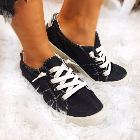Black Bliss Sneakers