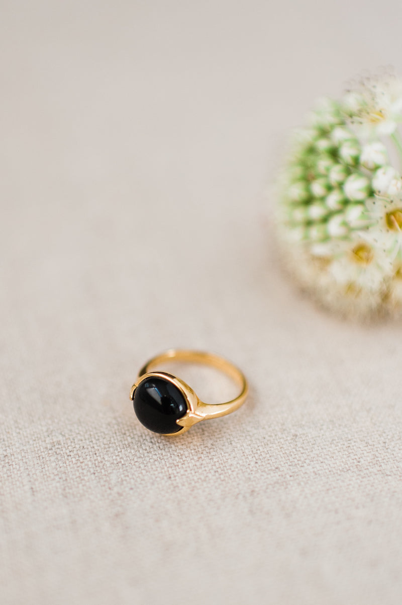 Merewif Bubble Ring in Onyx