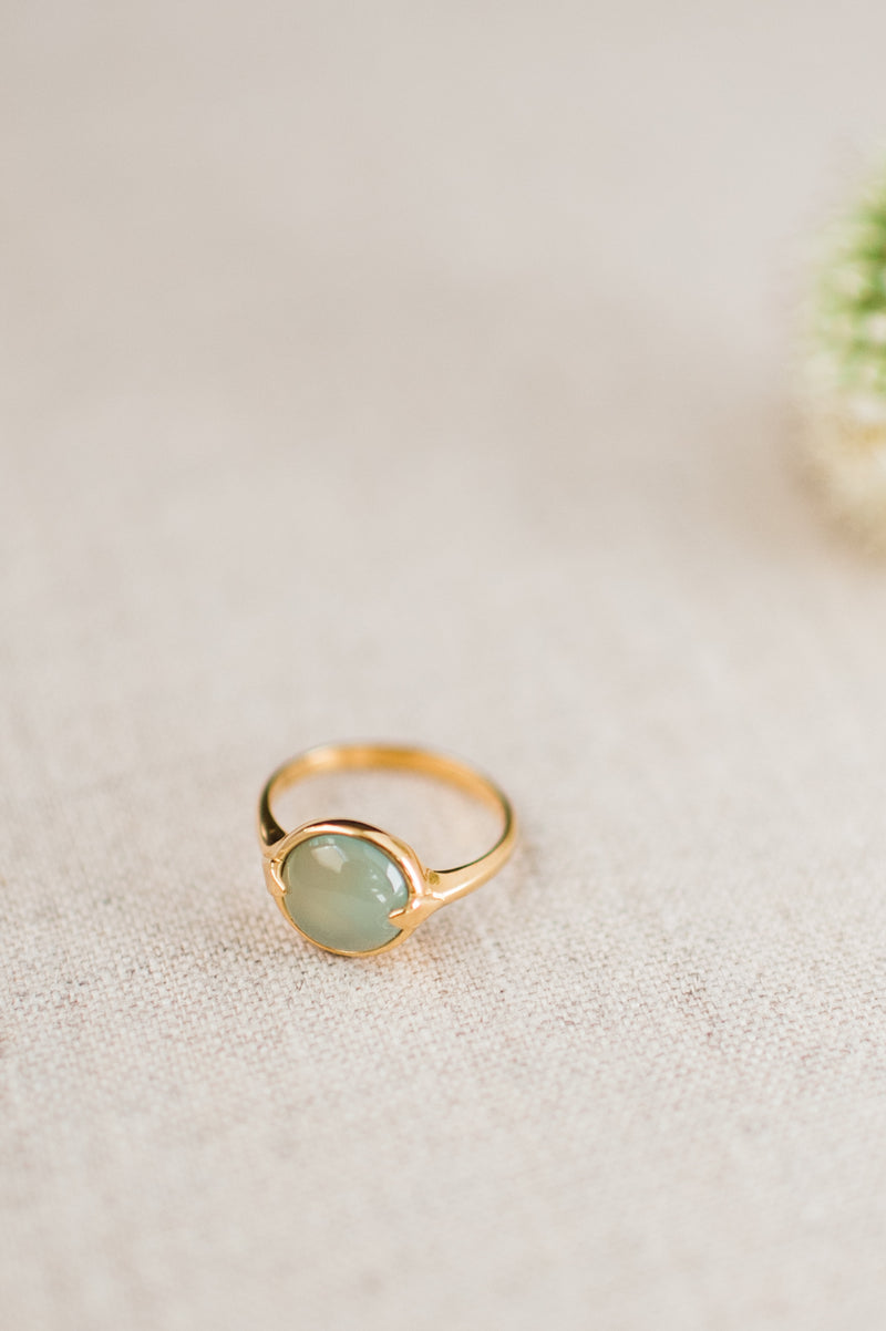 Merewif Bubble Ring in Chalcedony
