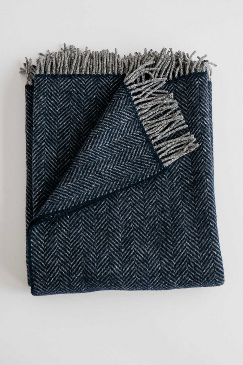 Evangeline Linens - Merino Cashmere Herringbone Throw - Midnight