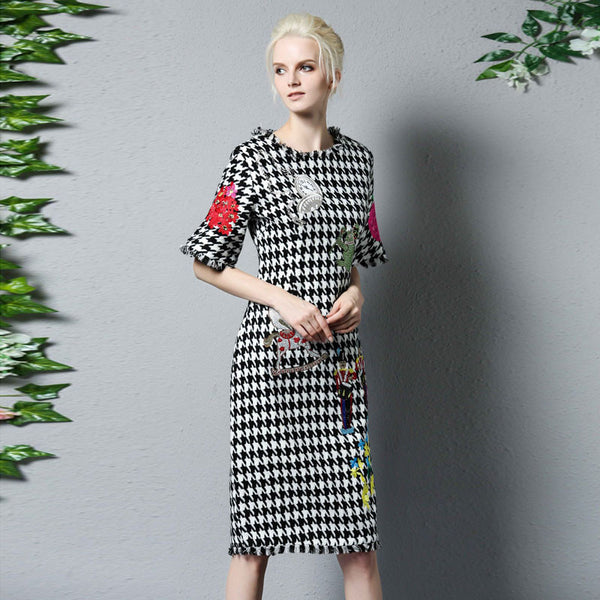 2017 Fashion - Plaid & Floral Embroidery Dress