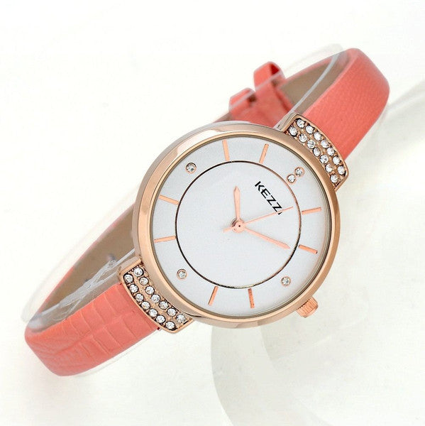 Elegant Wristwatch With Leather Strap - ELEGANTe Webshop