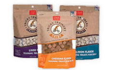 CLOUD STAR Tricky Trainers Crunchy & Chewy (Cheddar / Liver / Salmon) - Canadian Pet Connection