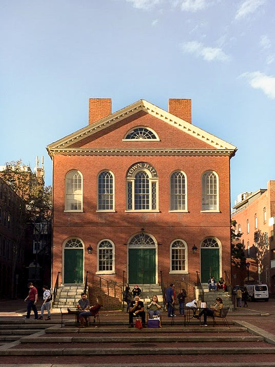 A Travel Guide to Salem and Gloucester