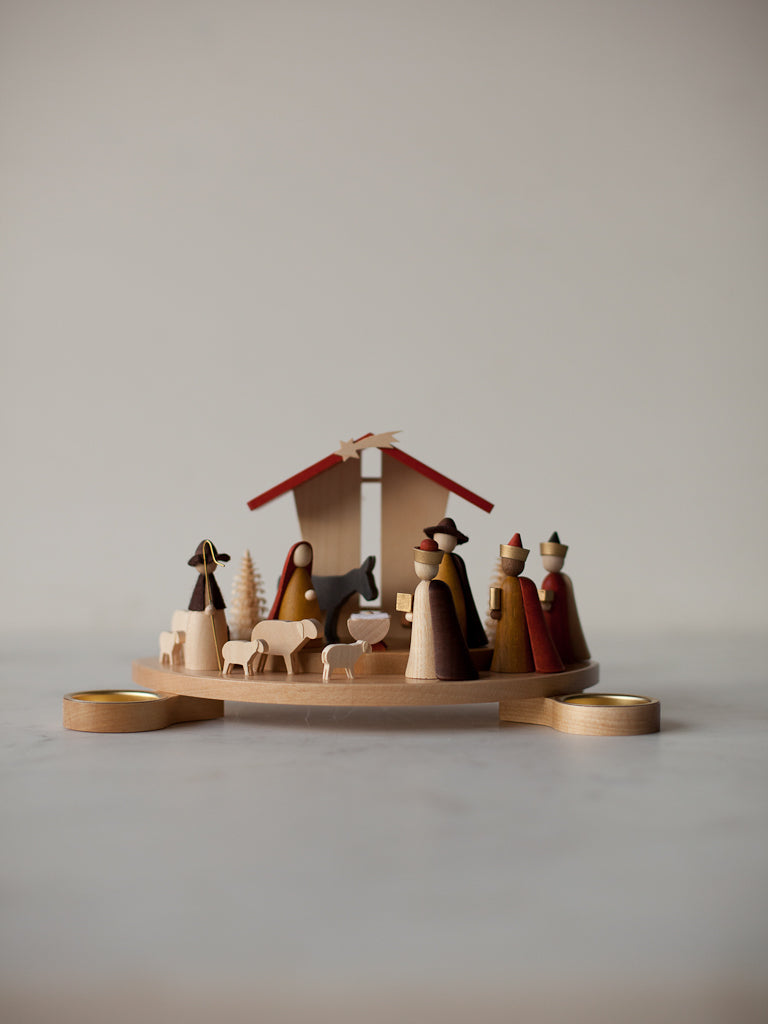 Tealight Crib Nativity<br/>Germany