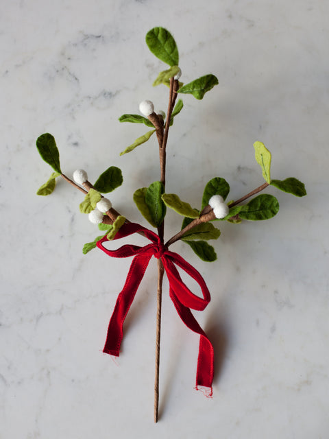 Mistletoe Pick W/ Bow