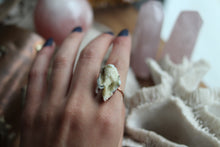 Size 7; Aura Crystalized Shell Ring