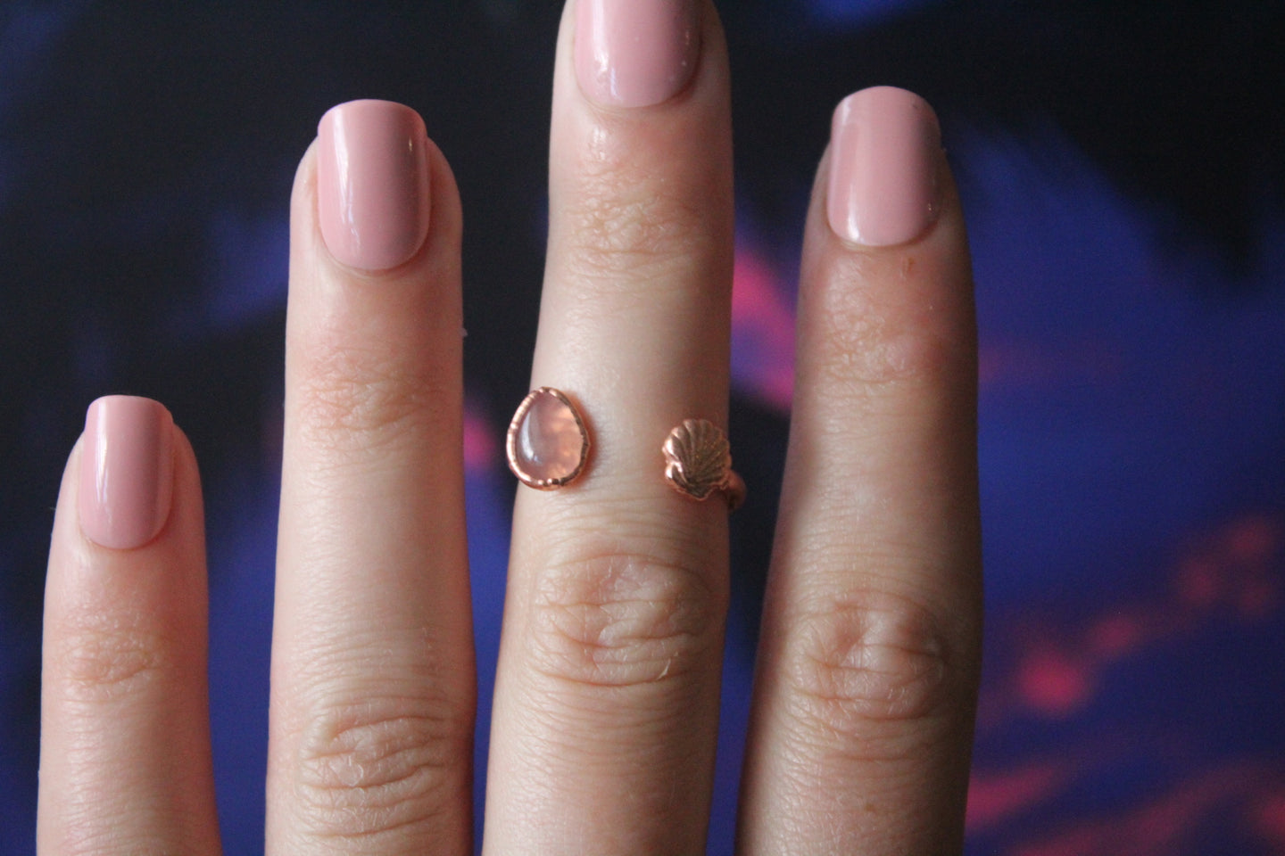 Size 5-6; Rose Quartz Shell Ring
