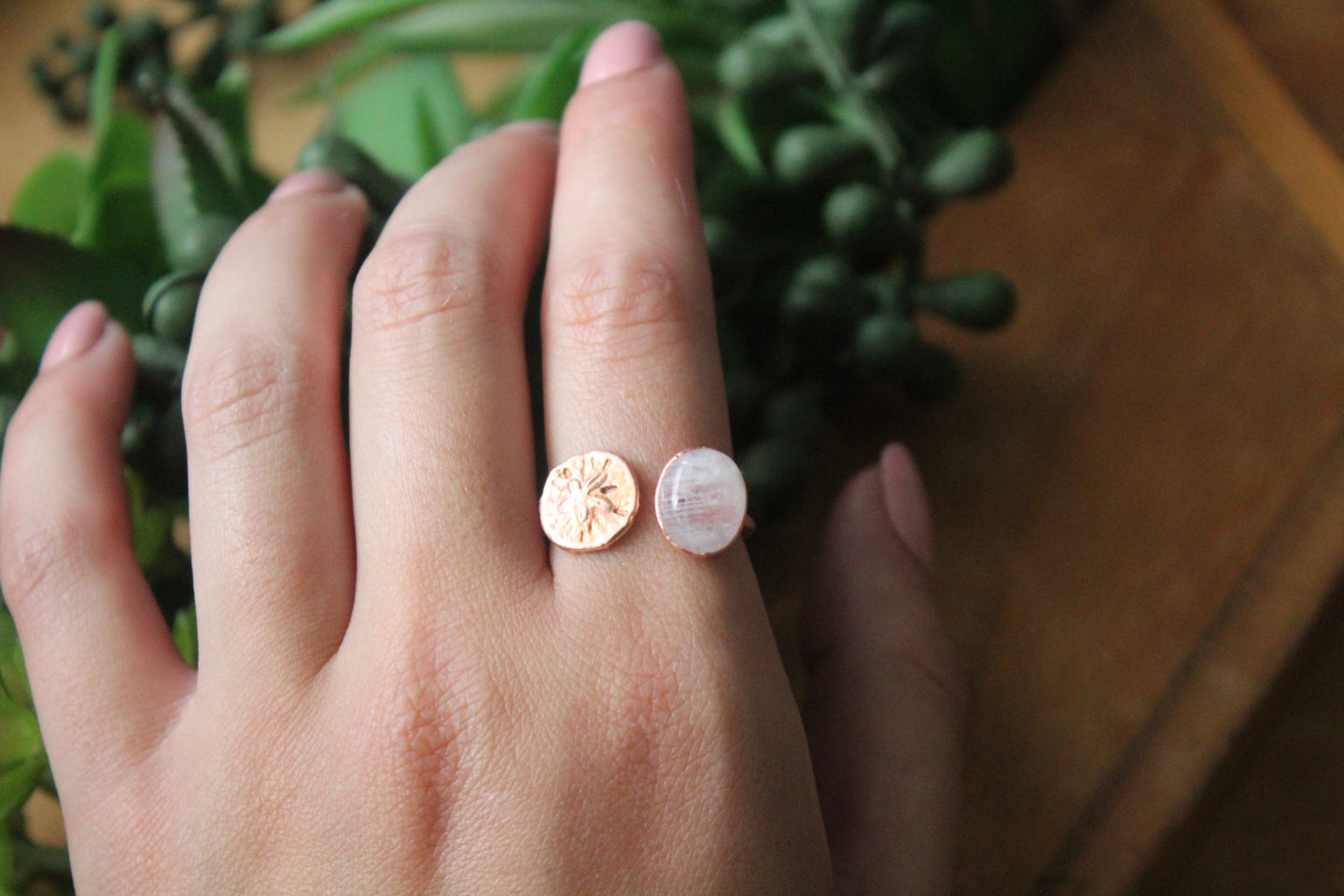 Size 9-11; Moonstone Sand Dollar Ring