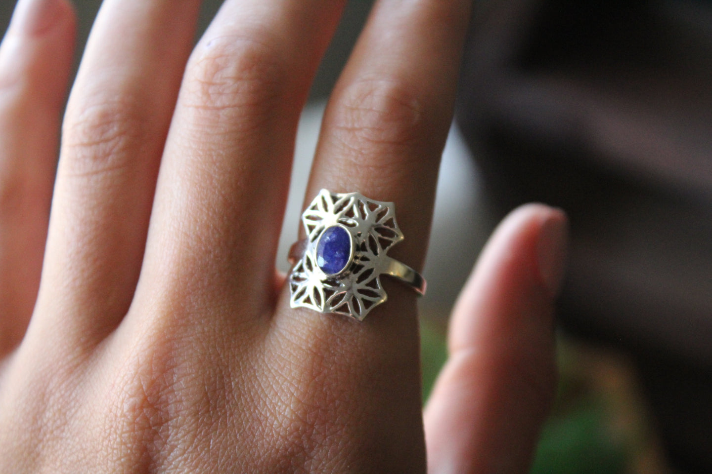 Size 8; Sapphire Ring
