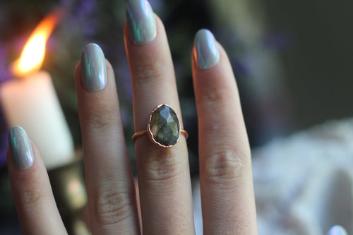 Size 6 ; Faceted Labradorite Ring