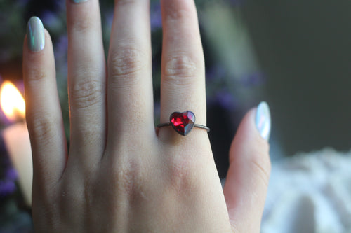 Size 9 ; Oxidized Red Heart Ring