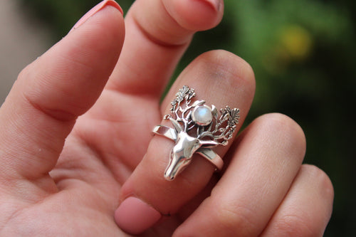 Size 8; Moonstone Deer Ring