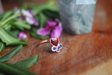 Size 8; Tell Tale Heart Ring