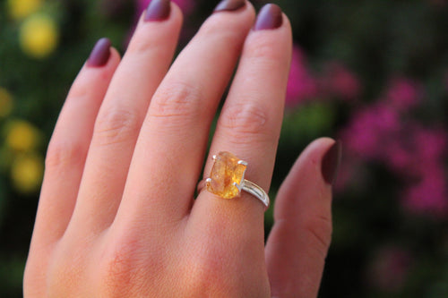 Size 8; Rough Citrine Ring