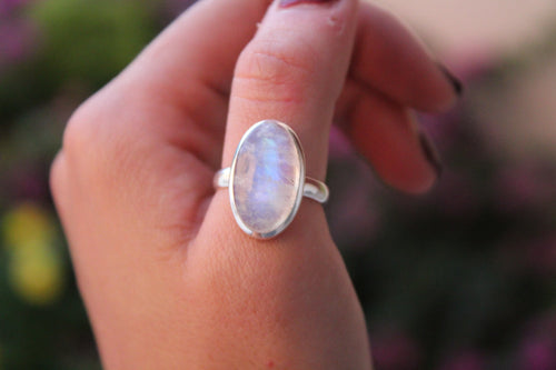 Size 8; Moonstone Ring