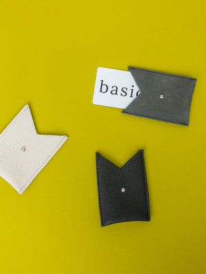 card holder - basic.