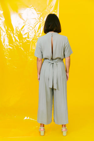 Load image into Gallery viewer, mandarin jumpsuit - basic.