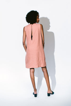 Load image into Gallery viewer, dust sleeveless pocket dress - basic.
