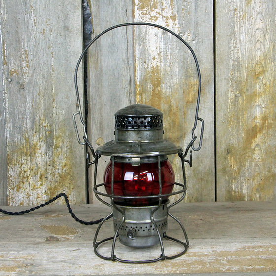 CNR Railroad Lantern 1920's #300 - The Lighting Works
