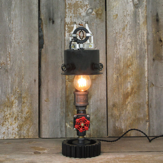 Steampunk Industrial Table Lamp with a vintage Valve switch and Edison Bulb No. 420 - The Lighting Works