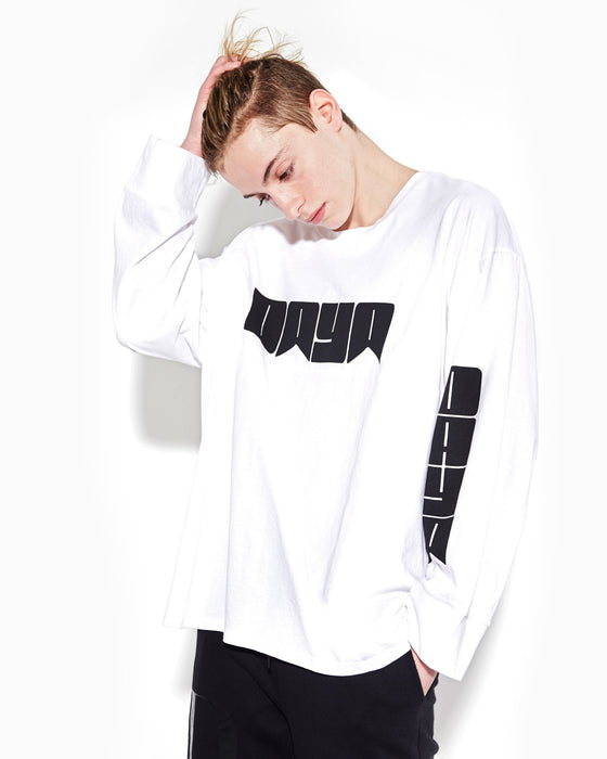 white-long-sleeve-oversize-tee