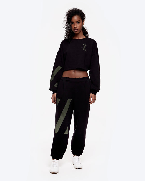 cropped-z-graphic-crewneck
