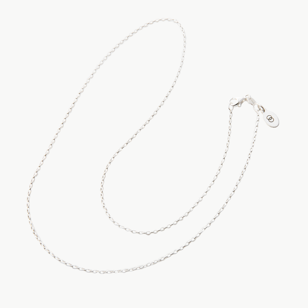 Petite sterling silver LoveLoops chain