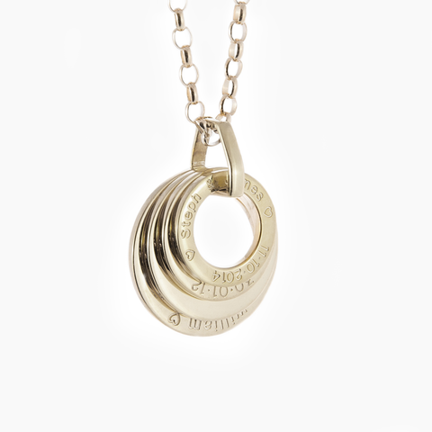 Classic white gold looped jewelry engraved pendant with link and chain
