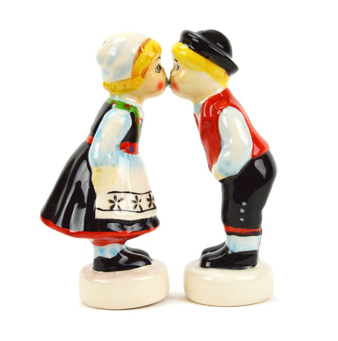 Magnetic Salt and Pepper Shakers Norwegian Kiss