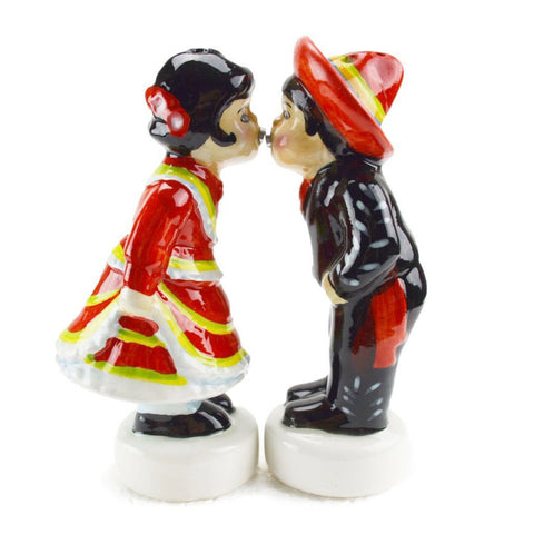 Heritage Magnetic Salt and Pepper Sets Mexican Kiss
