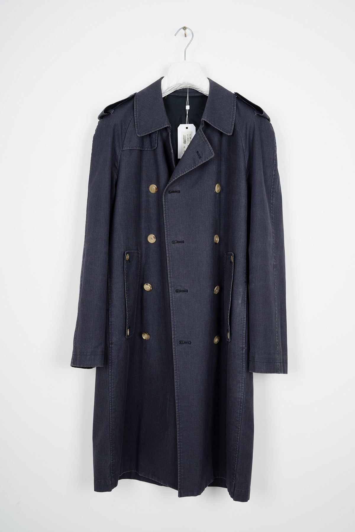 2004 S/S DOUBLE BREASTED RAIN COAT IN COATED DYED COTTON