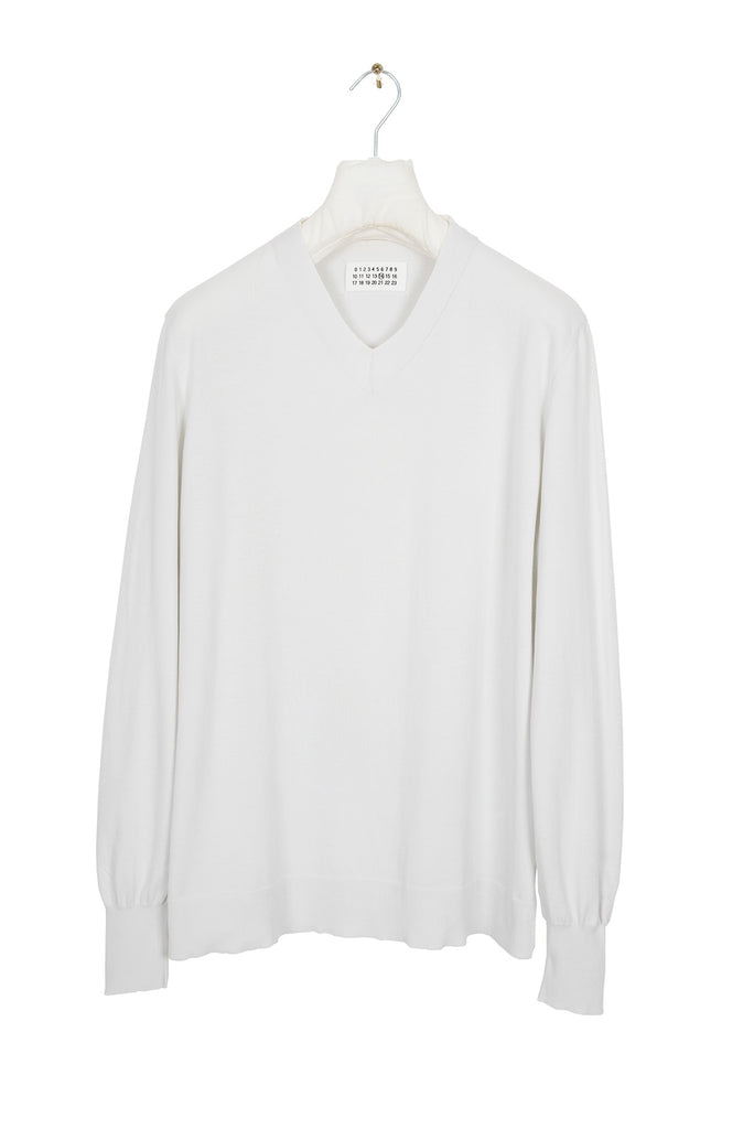 2005 S/S V-NECK SWEATER IN FINEST COTTON
