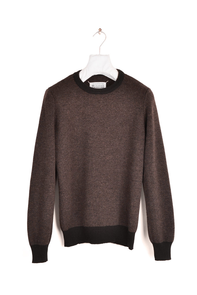 2001 A/W TWO-TONE SWEATER BY MISS DEANNA