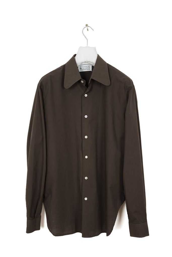 2002 S/S BROWN BUTTON-DOWN SHIRT WITH 70s ROUND COLLAR