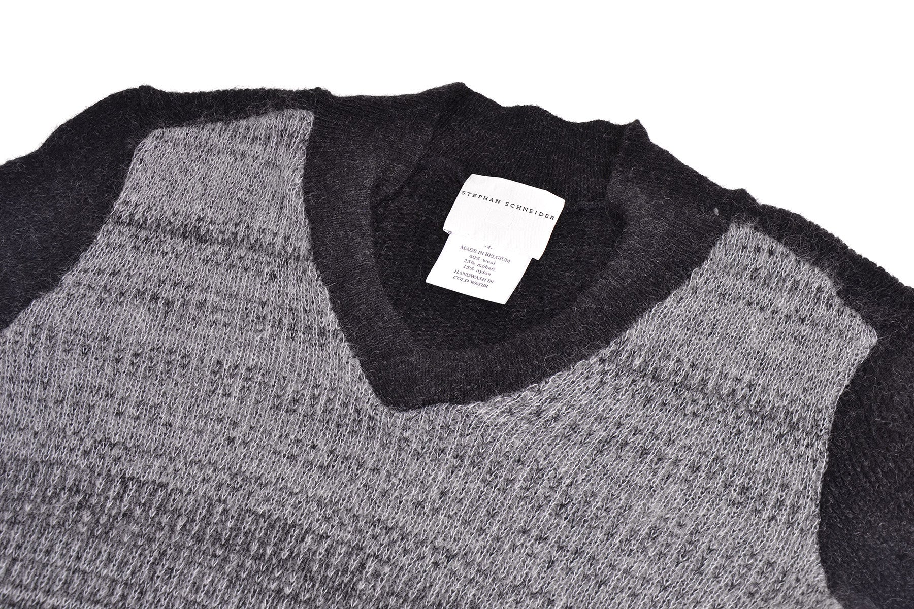 "2005 A/W MOHAIR ""CHAIN"" V-NECK SWEATER WITH CONTRASTING FRONT"
