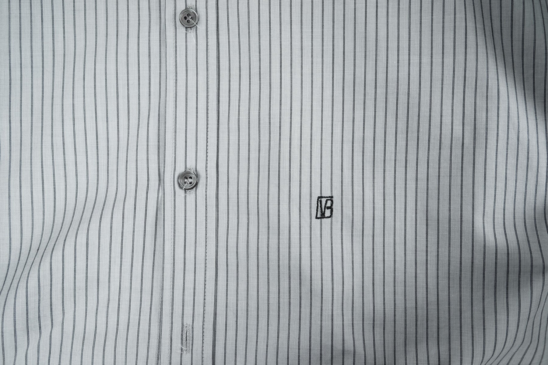 2007 A/W PINSTRIPE SHIRT WITH EMBROIDERED LOGO ON THE FRONT