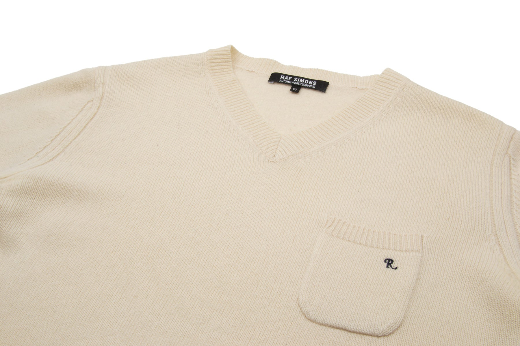 2009 A/W IVORY V-NECK SWEATER WITH FRONT CHEST POCKET