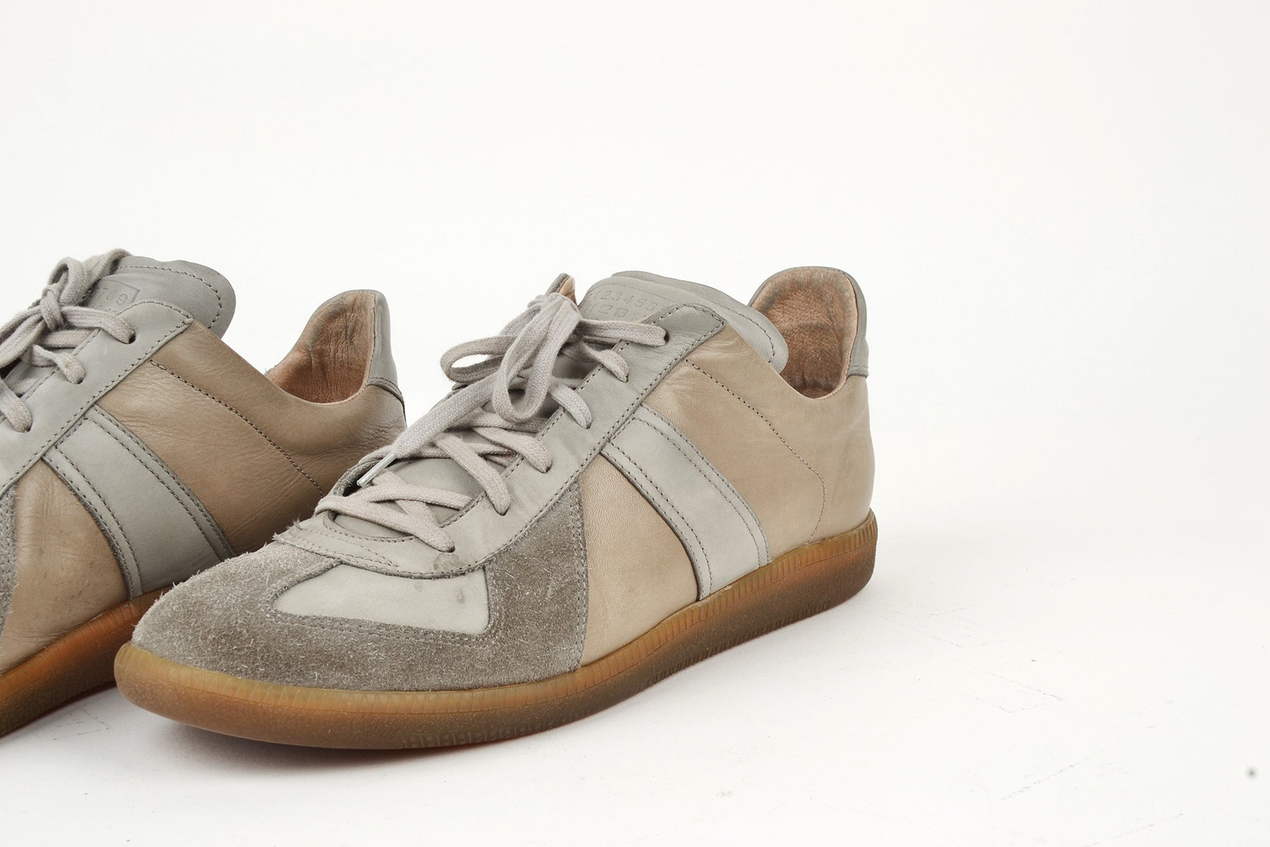 2006 A/W G.A.T. SNEAKERS IN GREY