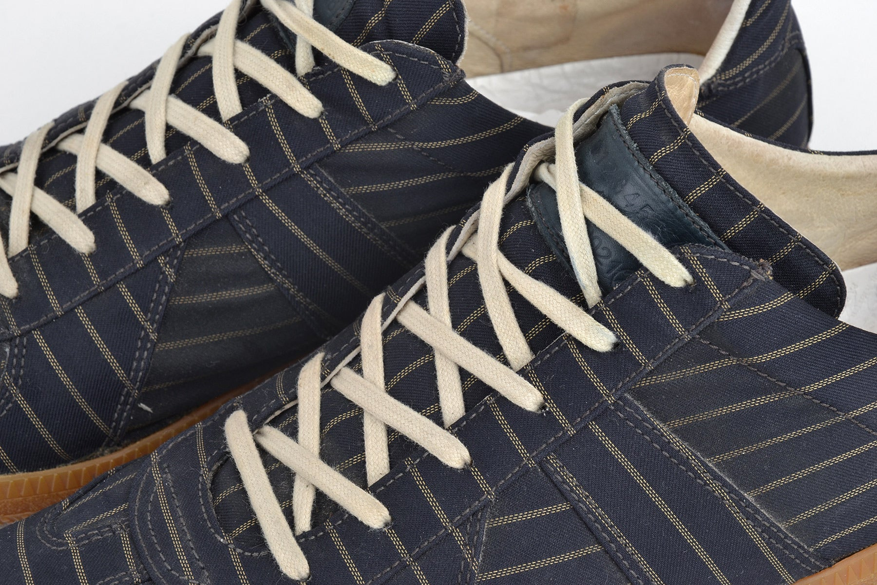 2008 S/S STRIPED SATIN BLUE G.A.T. SNEAKERS