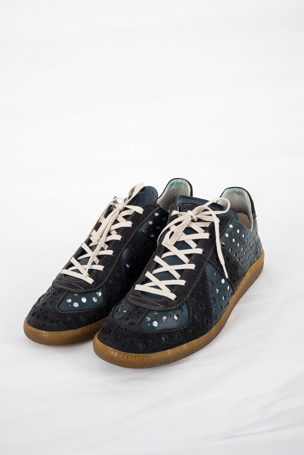 2007 S/S PUNCHED LEATHER G.A.T. SNEAKERS