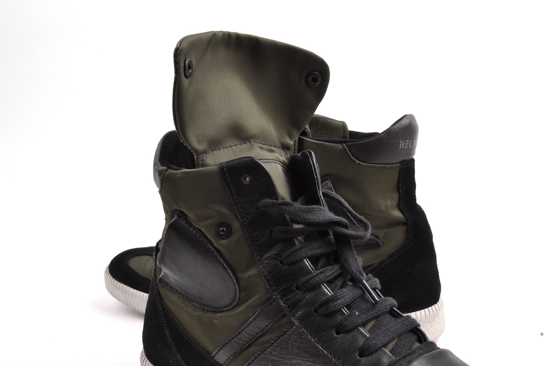 2005 S/S HIGH-TOP SNEAKERS