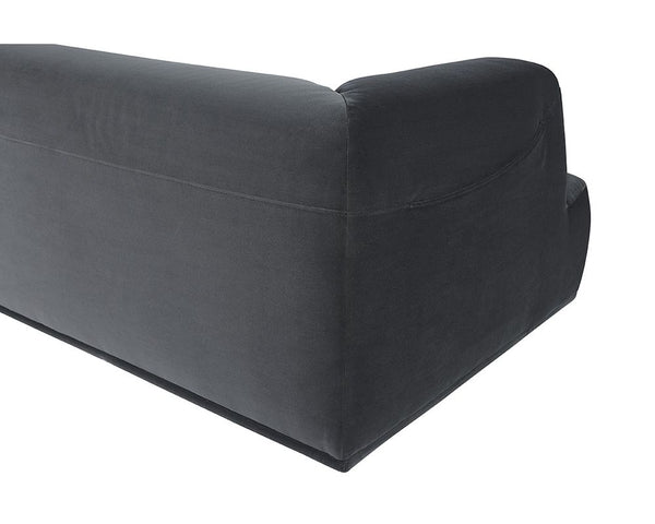 DARREN SECTIONAL