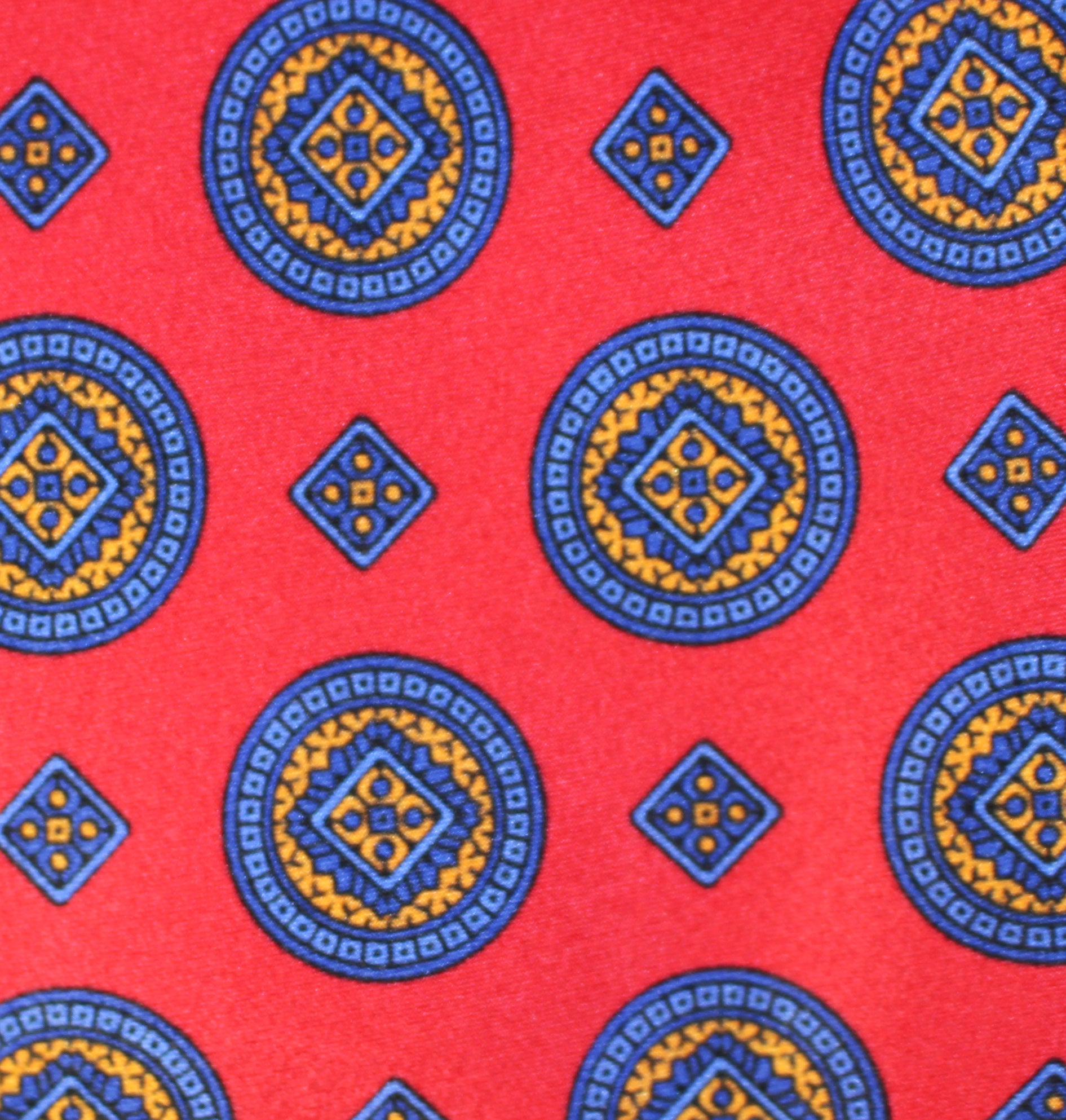 RED MEDALLION - Printed Silk.