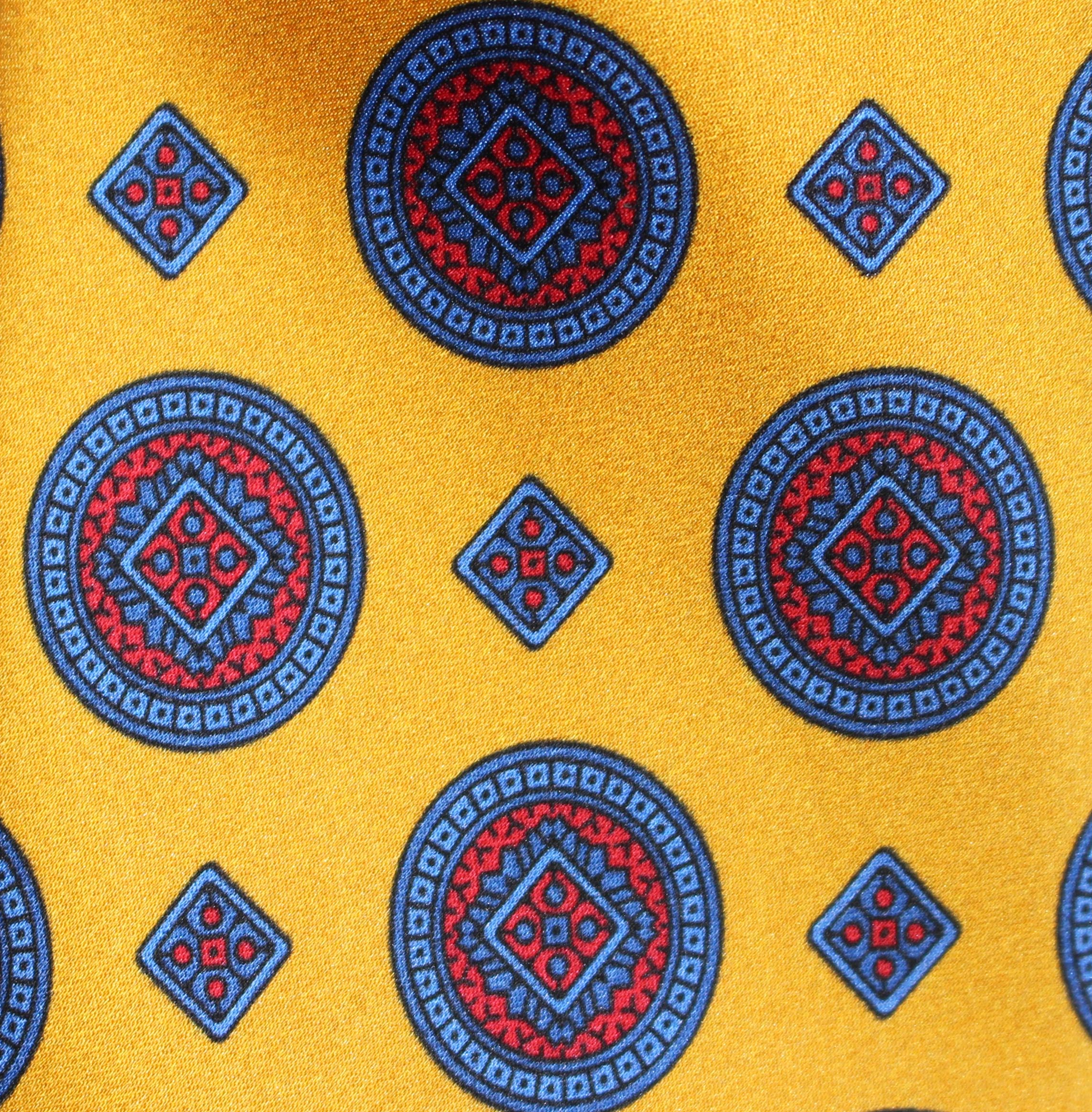 GOLD MEDALLION - Printed Silk.